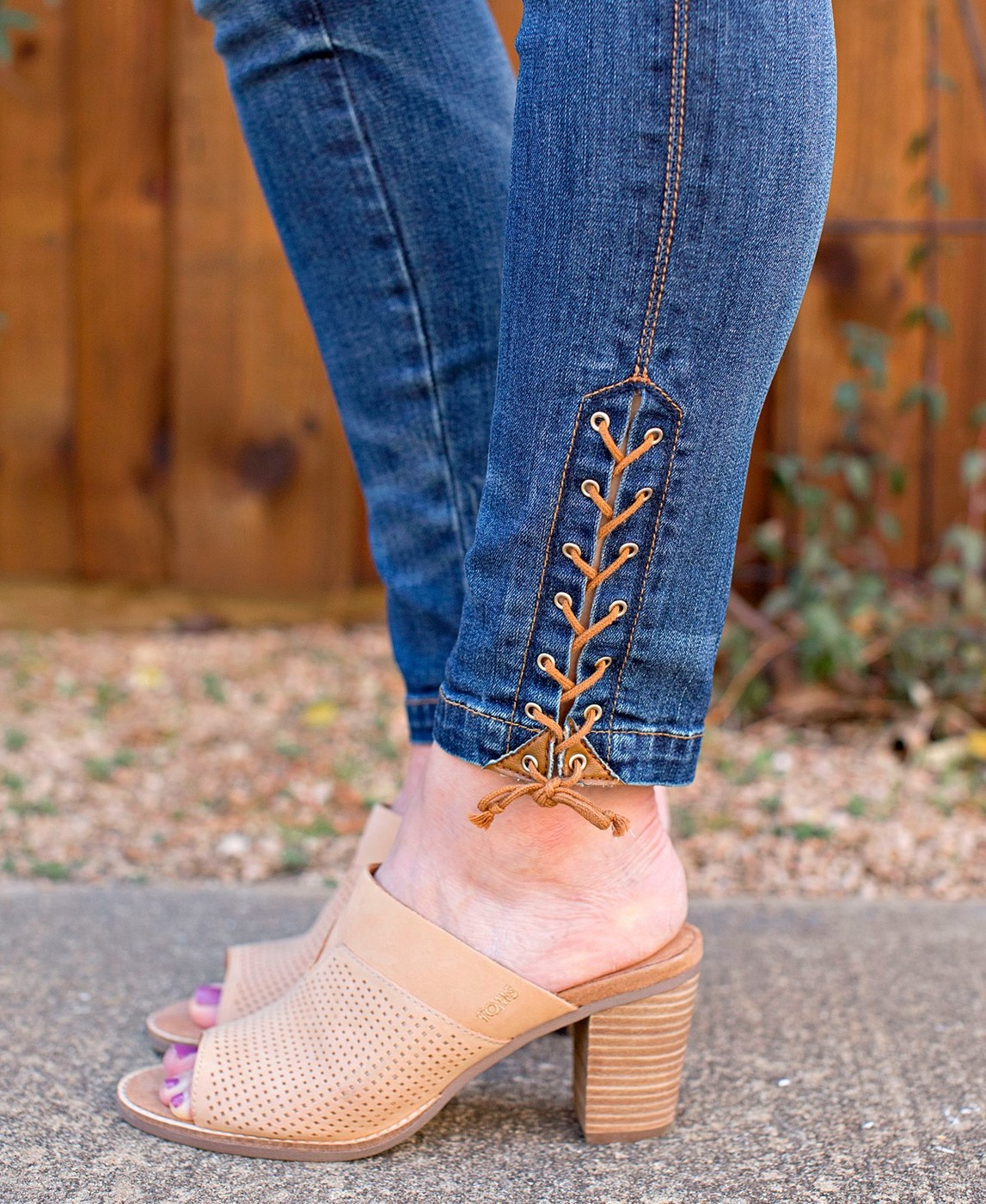 spring shoe trends, mules, Tom's mules, suede mules, block heel mules, tom's shoes