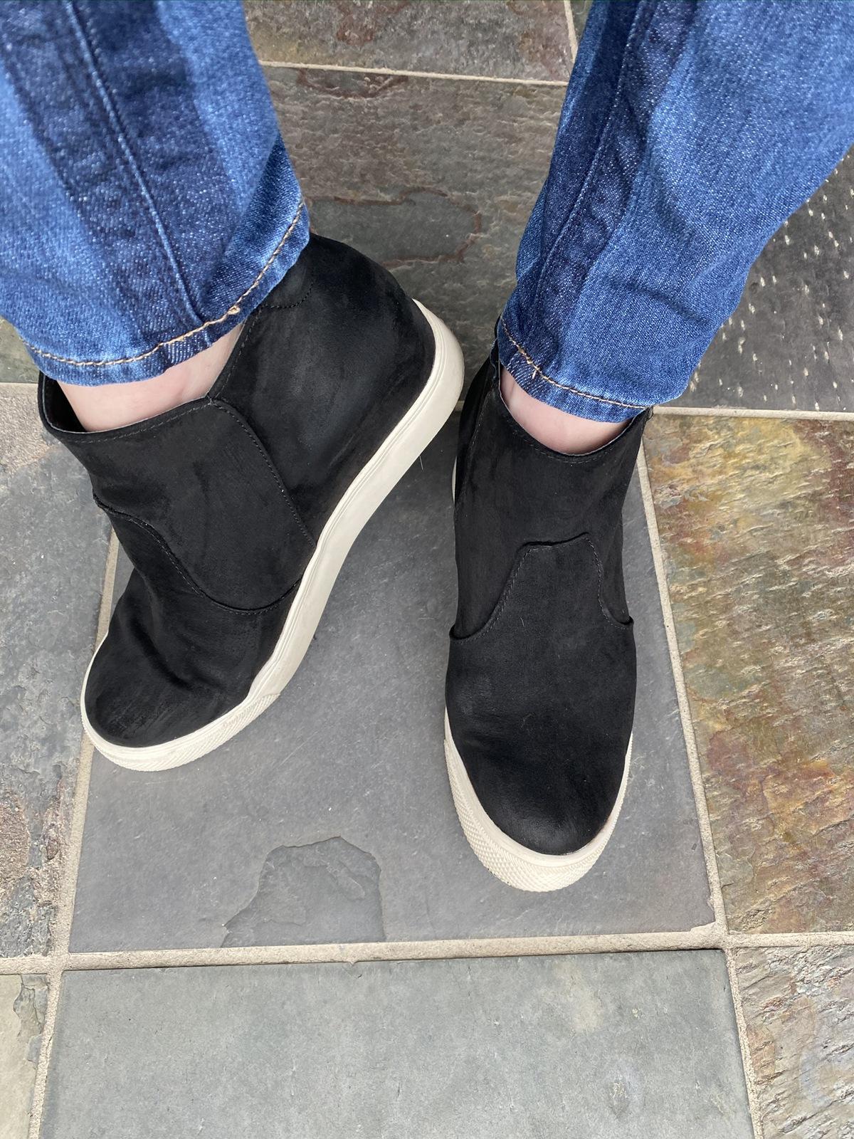 black wedge style sneakers