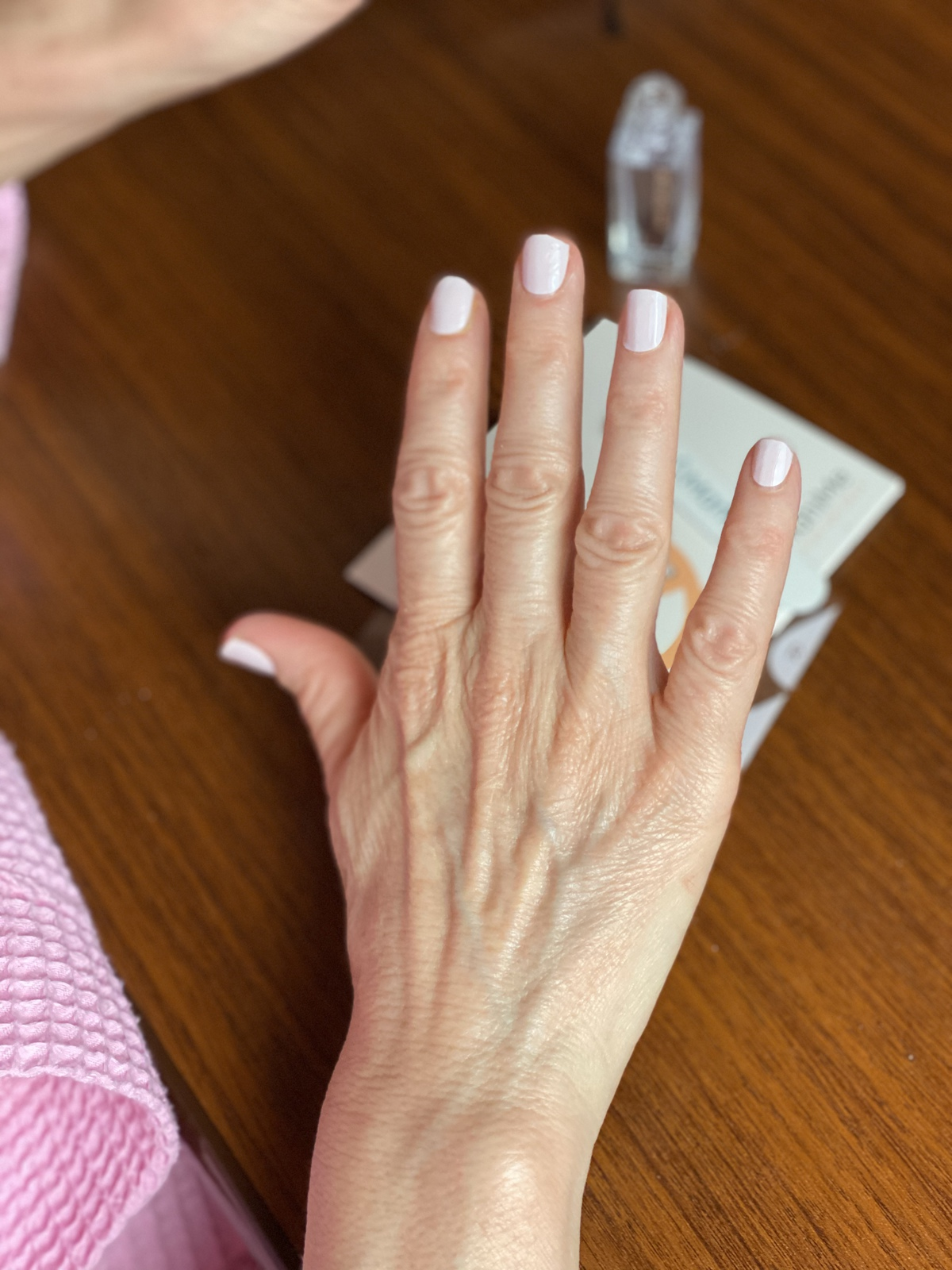 how to apply manime manicure